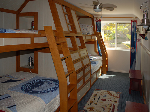 2nd bedroom bunk beds